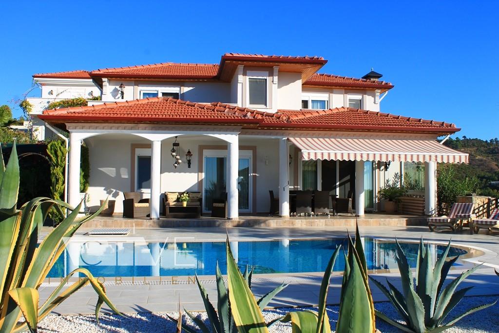 private villa mit privaten pool zu mieten in alanya. Black Bedroom Furniture Sets. Home Design Ideas